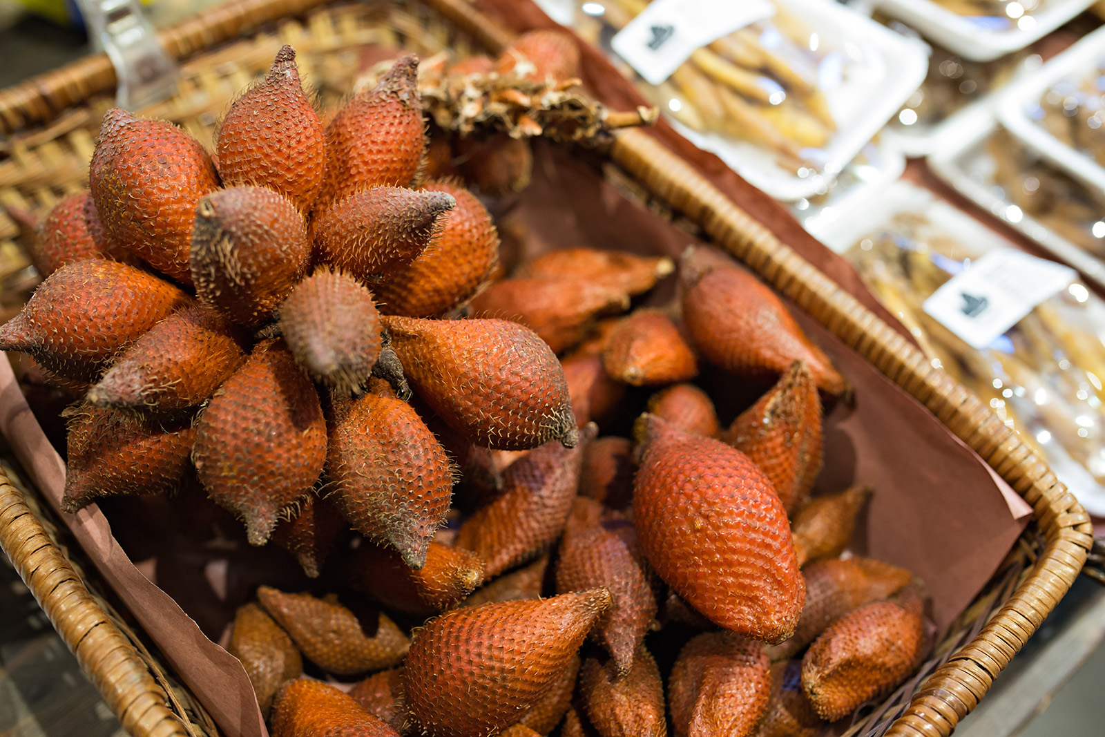 Salak, the fruit of <i>Salacca zalacca</i>